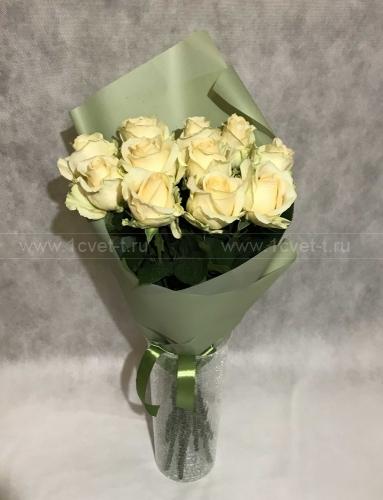 Букет из кремовых роз №801