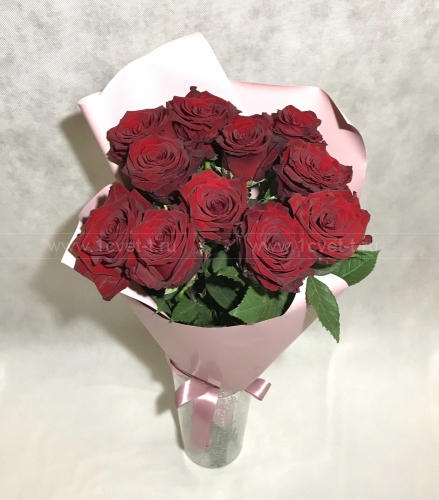 Букет из бордовых роз №802