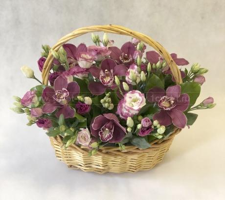 Корзина с цветами №904