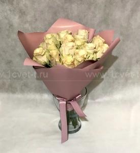 Букет из кремовой розы №809