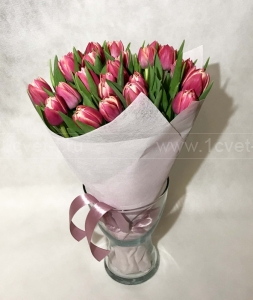 Букет из тюльпанов №823